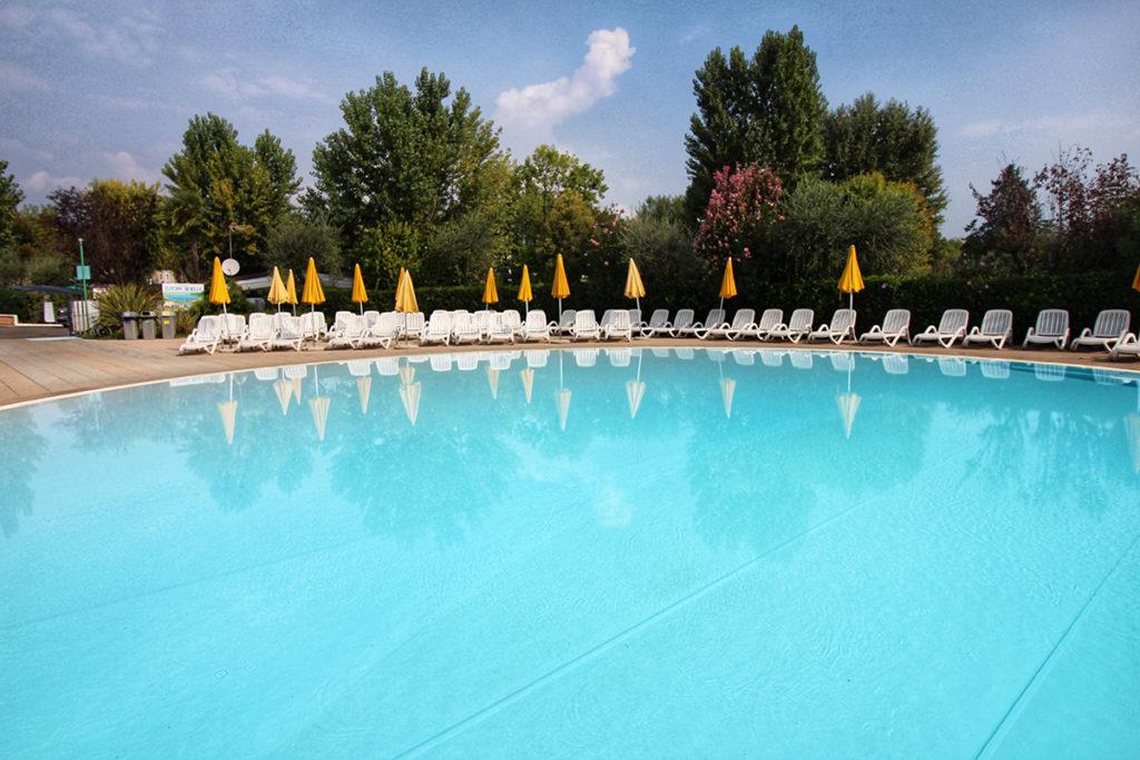 piscina camping europa silvella
