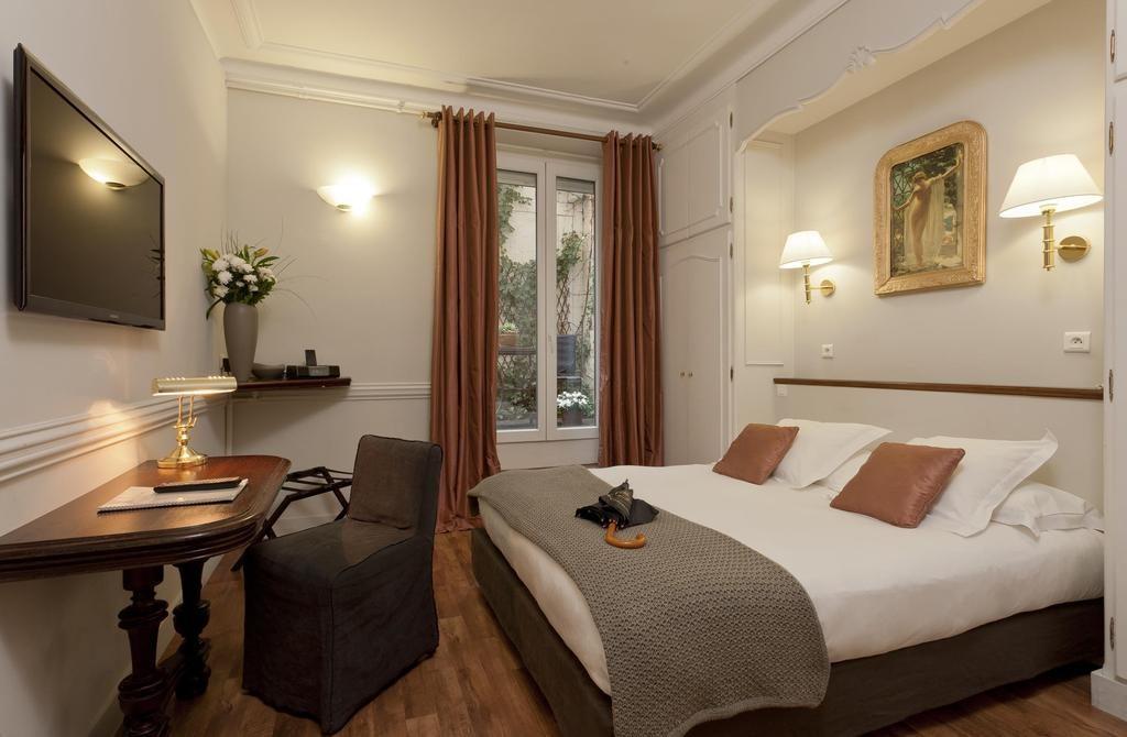 Camera Standard - Hotel de la Porte Doree