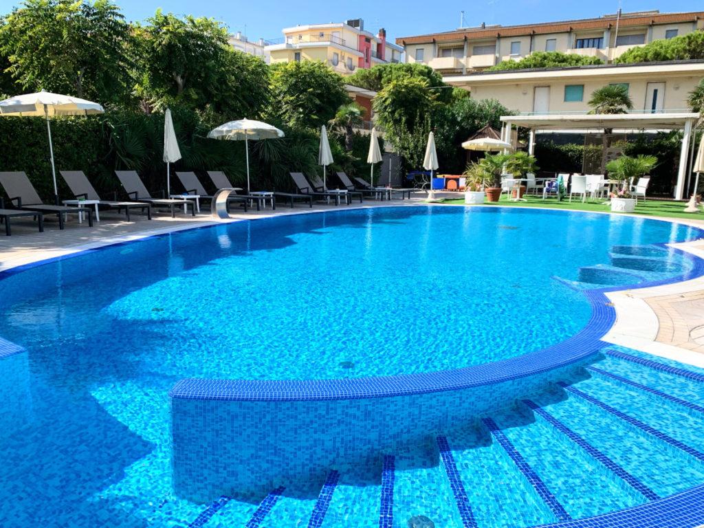 Hotel Helios di jesolo, 4 stelle con piscina.