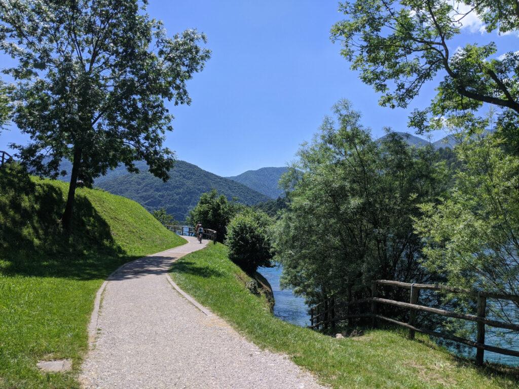 lago di ledro sentiero