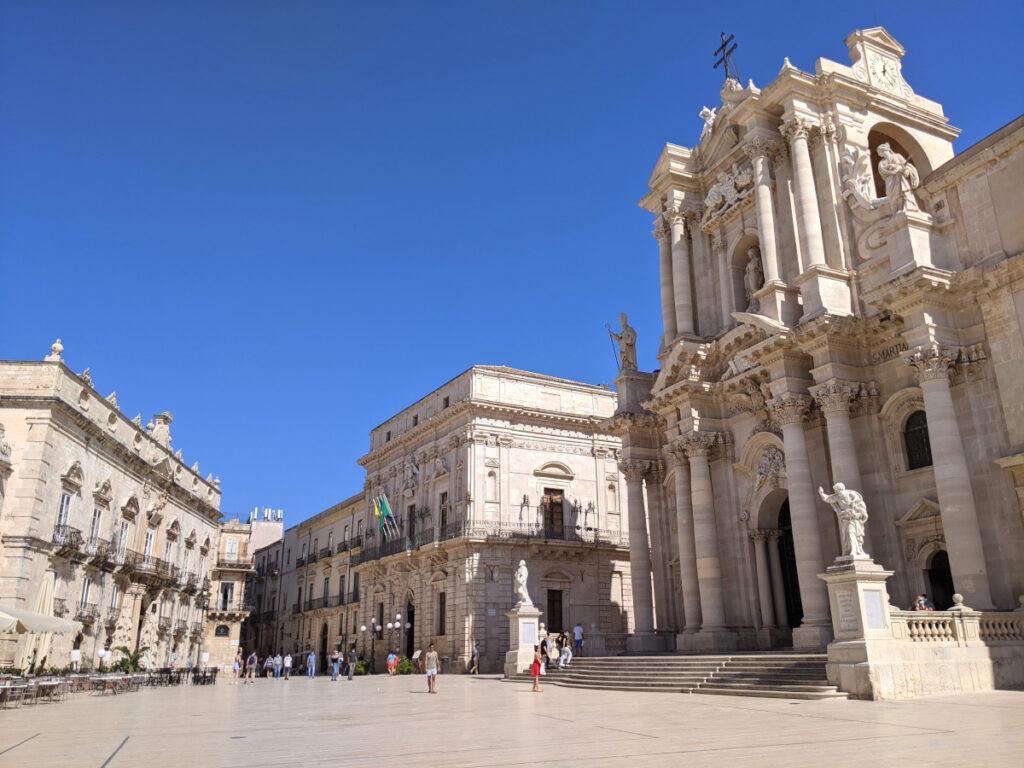 Piazza del Duomo ortigia cosa vedere a siracusa