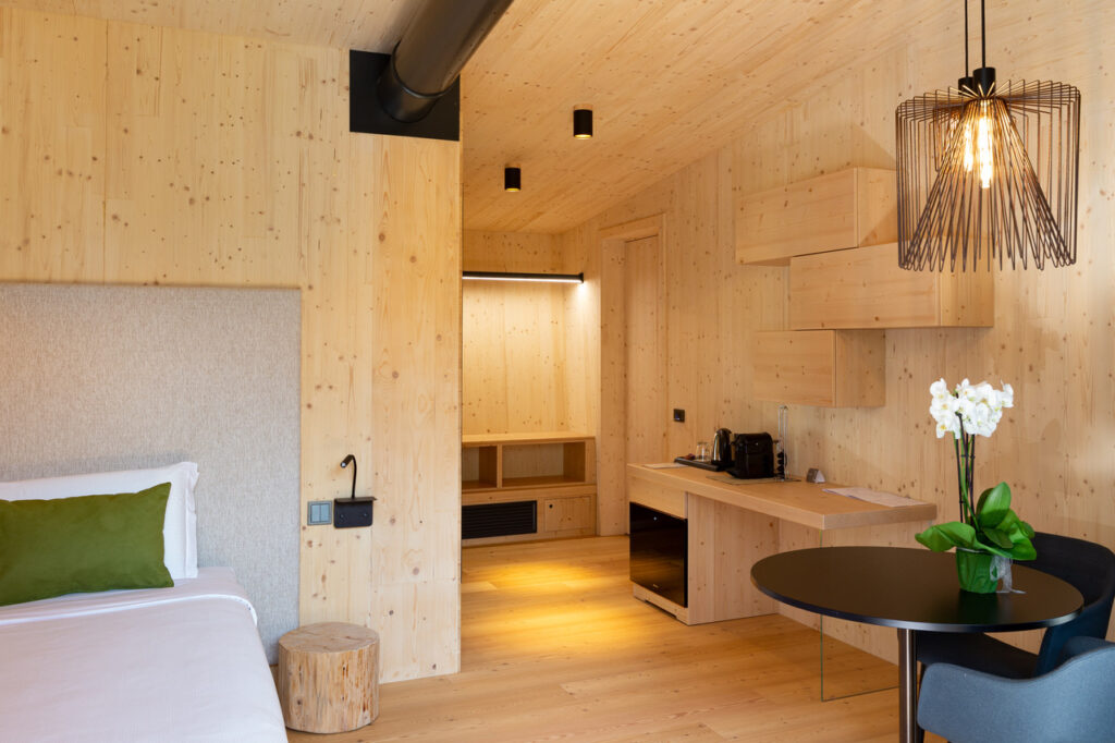 glamping in trentino treelodgy