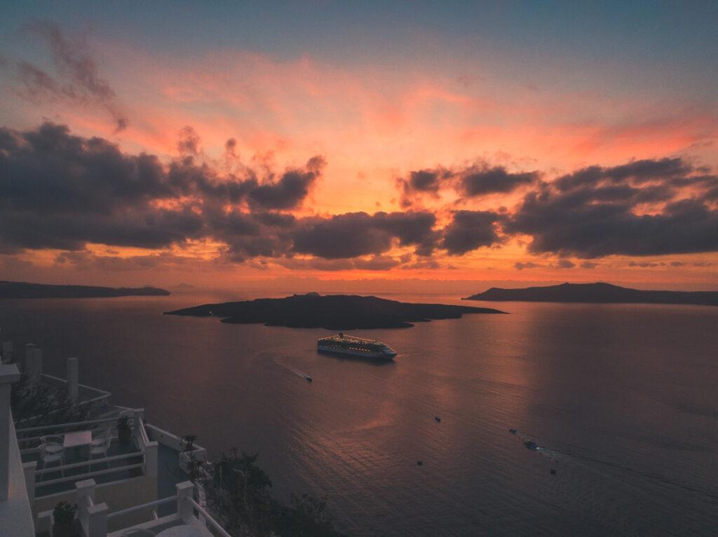 dove vedere il tramonto a santorini thira fira